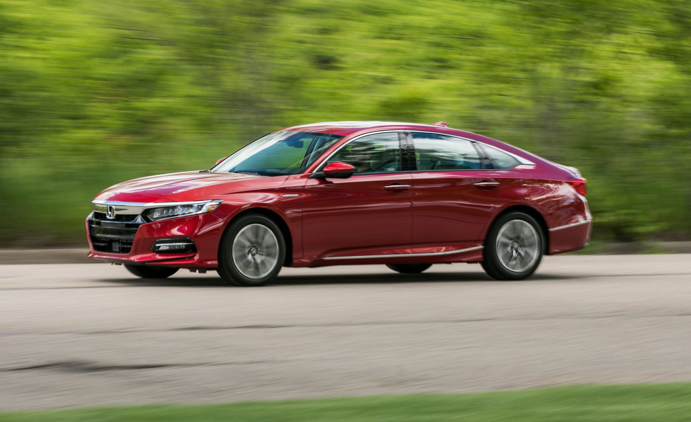 Honda Accord Reviews Honda Accord Price s and Specs