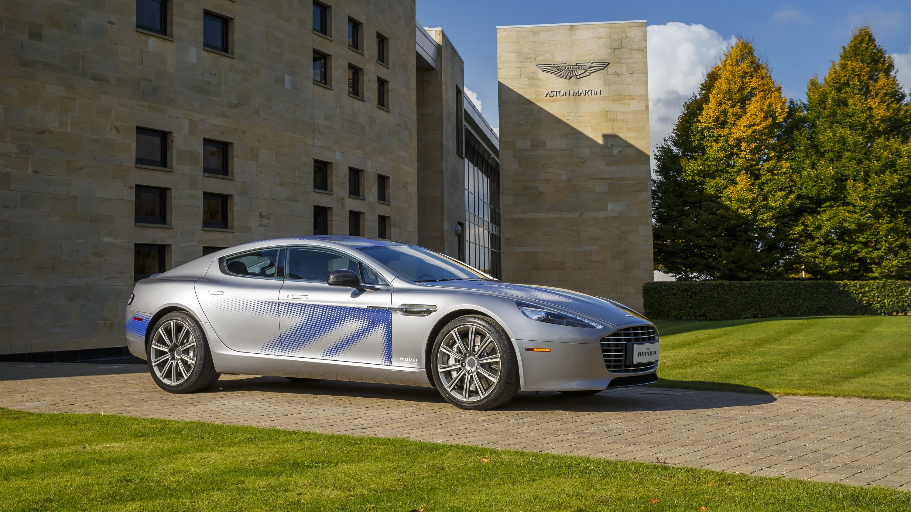 Aston Martin Sedan Beautiful aston Martin Reveals the 800 Volt Battery for the Up Ing 2019