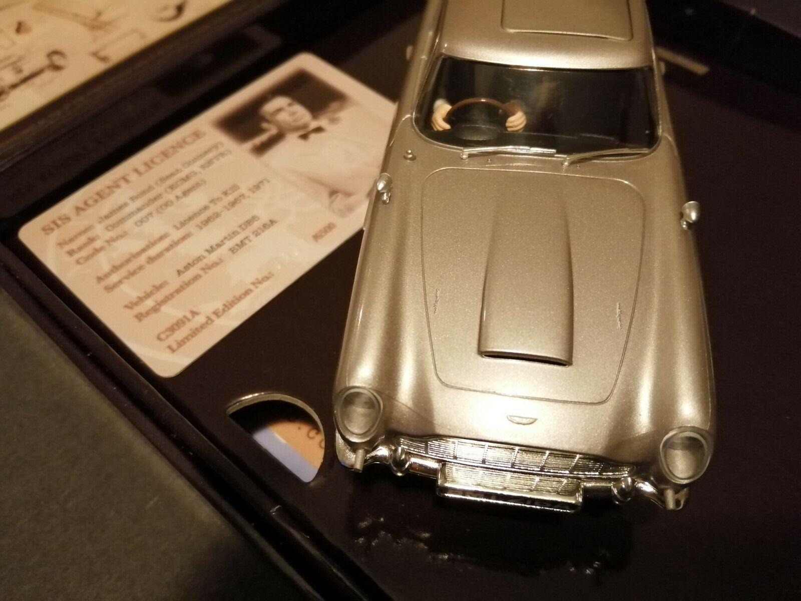 Scalextric C3091A Goldfinger James Bond 007 Aston Martin Db5 for sale online