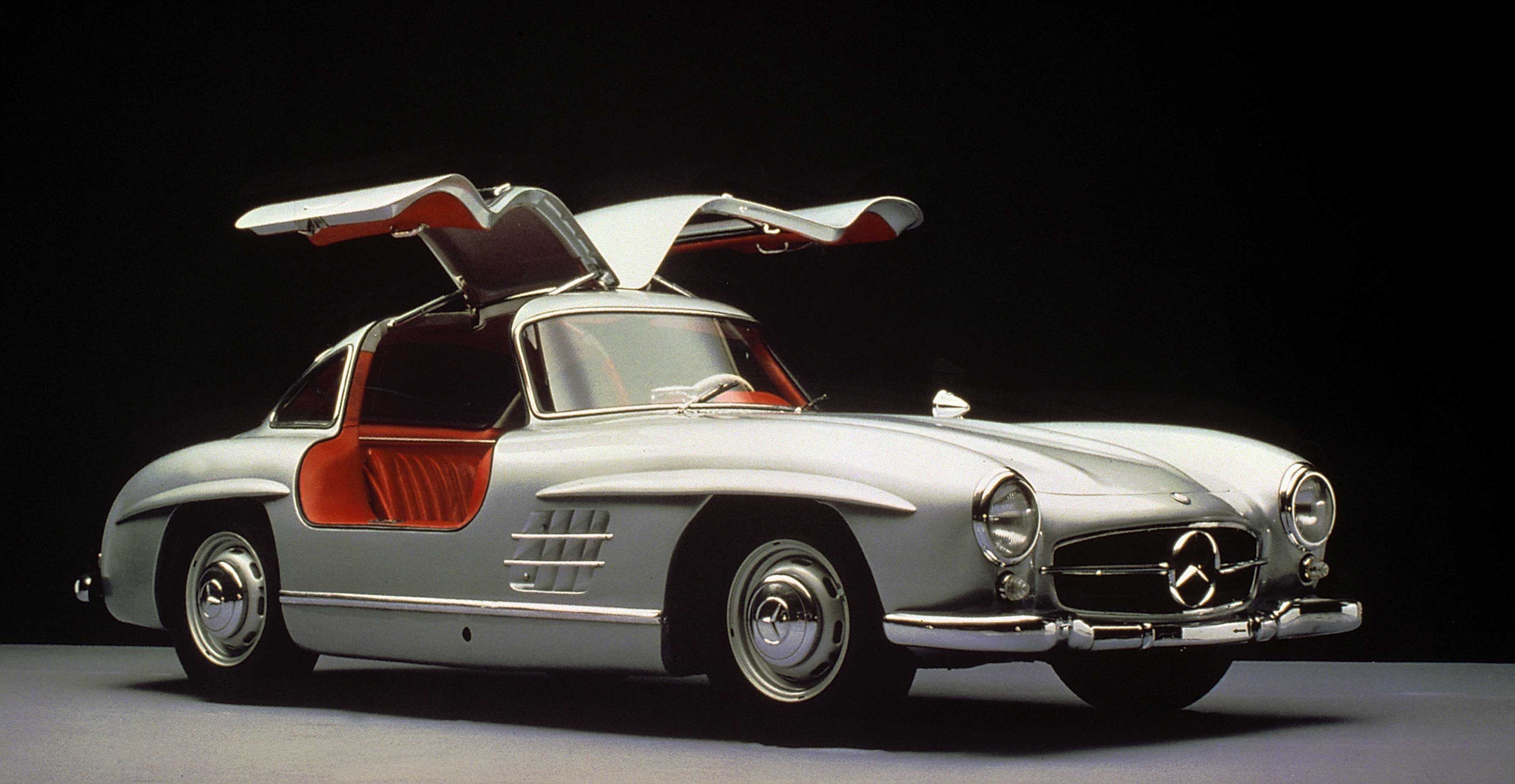 25 Classic Cars to Drive Before You Die