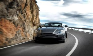 Aston Martin Vanquish Msrp Fresh Parison 2019 aston Martin Dbs Superleggera Vs aston Martin Db11