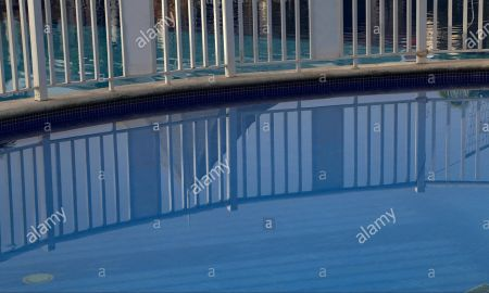Infinity Pool Las Vegas Inspirational Dive Hotel Stock S & Dive Hotel Stock Alamy