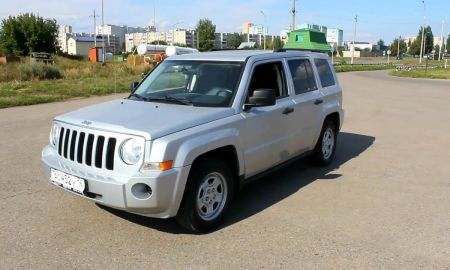 Jeep Liberty 2007 Elegant 2007 Jeep Patriot Start Up Engine and In Depth tour