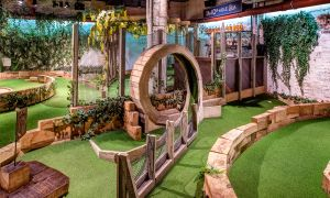 Inside Mini Golf Unique Swingers Crazy Golf City Of London
