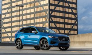 2019 Volvo Xc60 Hybrid Luxury Parison Volvo Xc60 T8 R Design Hybrid 2019 Vs Land