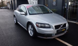 Car by Volvo New Volvo C30 Occasion Diesel Noir Brest Finist¨re 2 0d 136