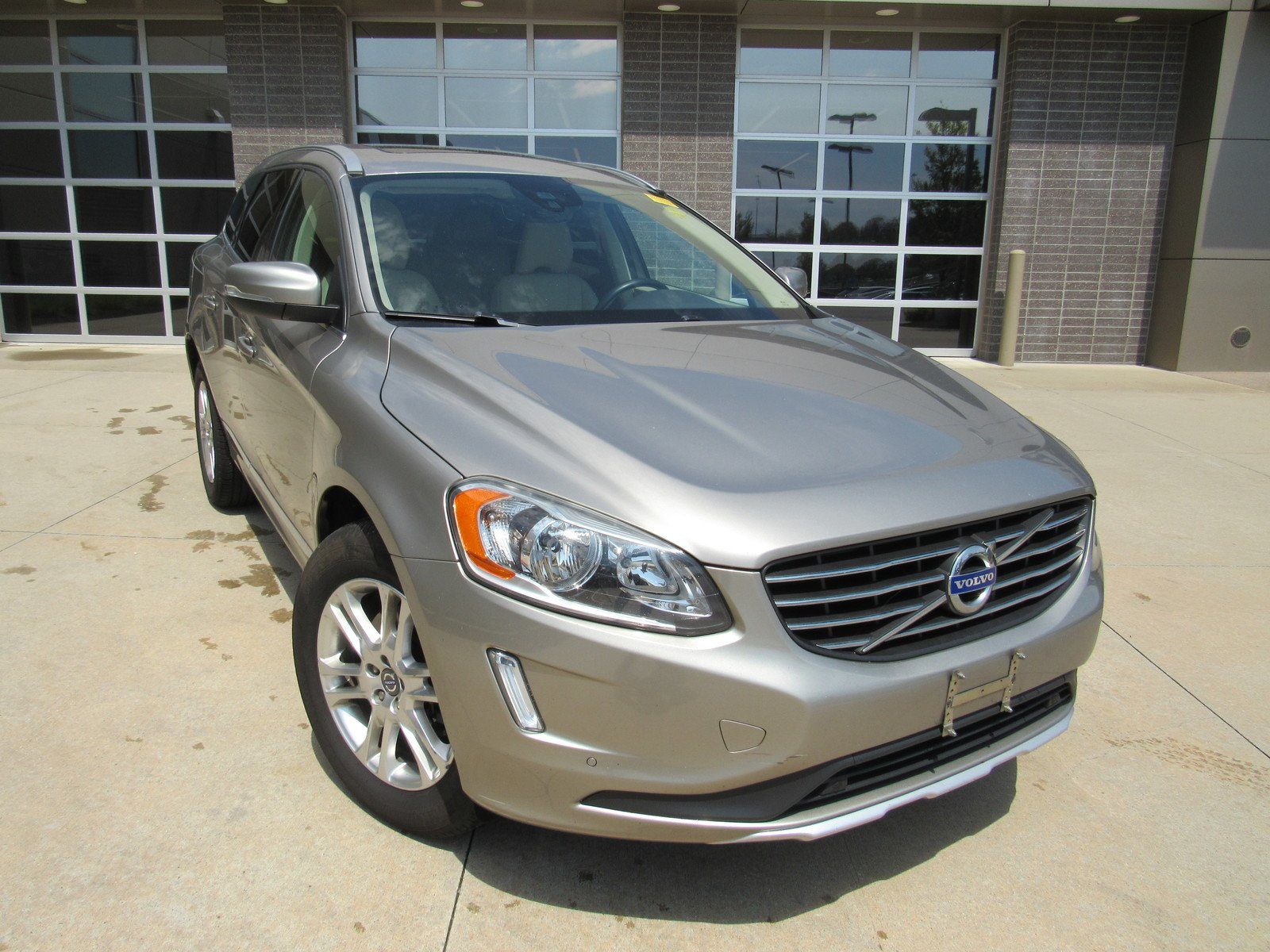 Volvo Dzip Luxury Pre Owned 2015 Volvo Xc60 T5