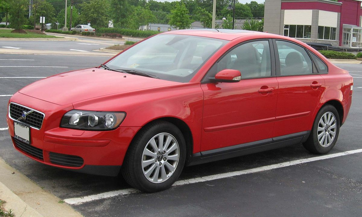 1200px 2nd Volvo S40 1
