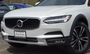 Volvo V90 2017 Elegant New 2019 Volvo V90 Cross Country with Navigation & Awd
